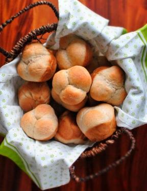 clover rolls